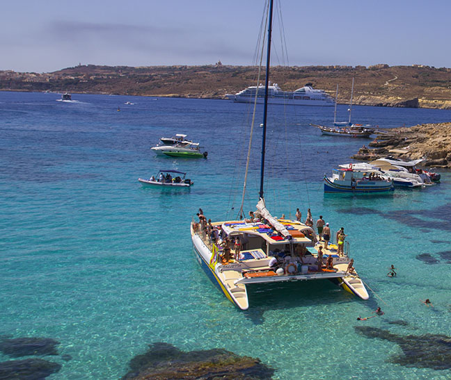 Catamaran Tour to Comino